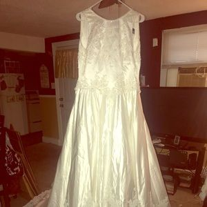 30af8a501f3 Demetrios Dresses - Wedding dress